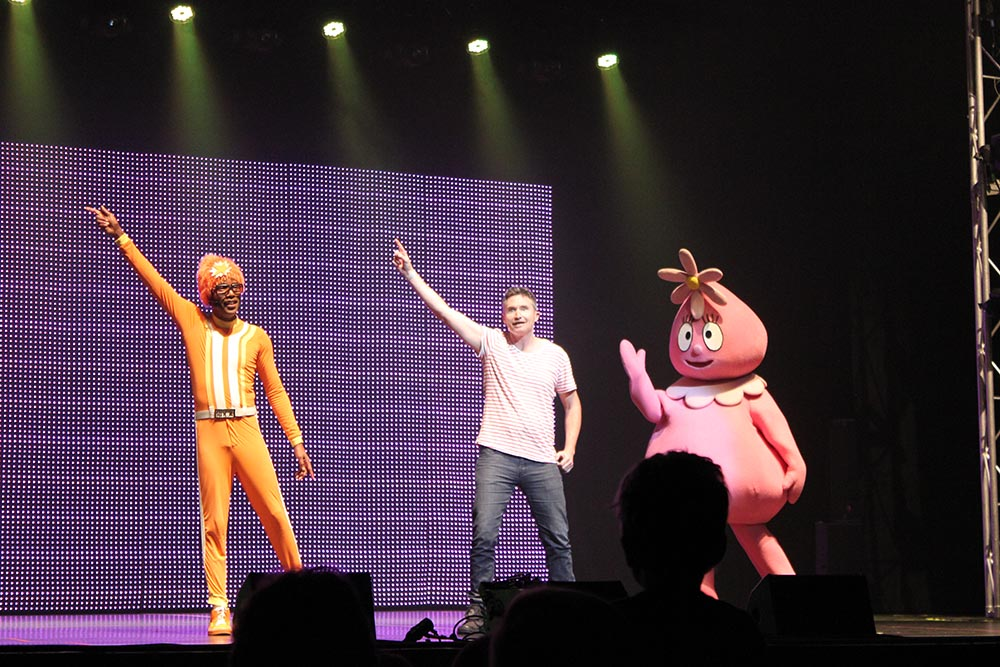 9_YoGabbaGabba www.cherryandme.com